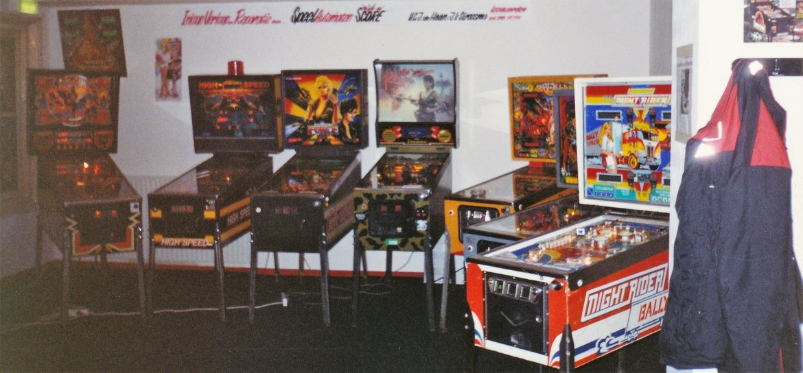 1994 - De High Score showroom boven Wolweze