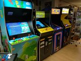 Blounts Arcade upright_